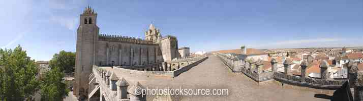 Photo of Evora Cathedral